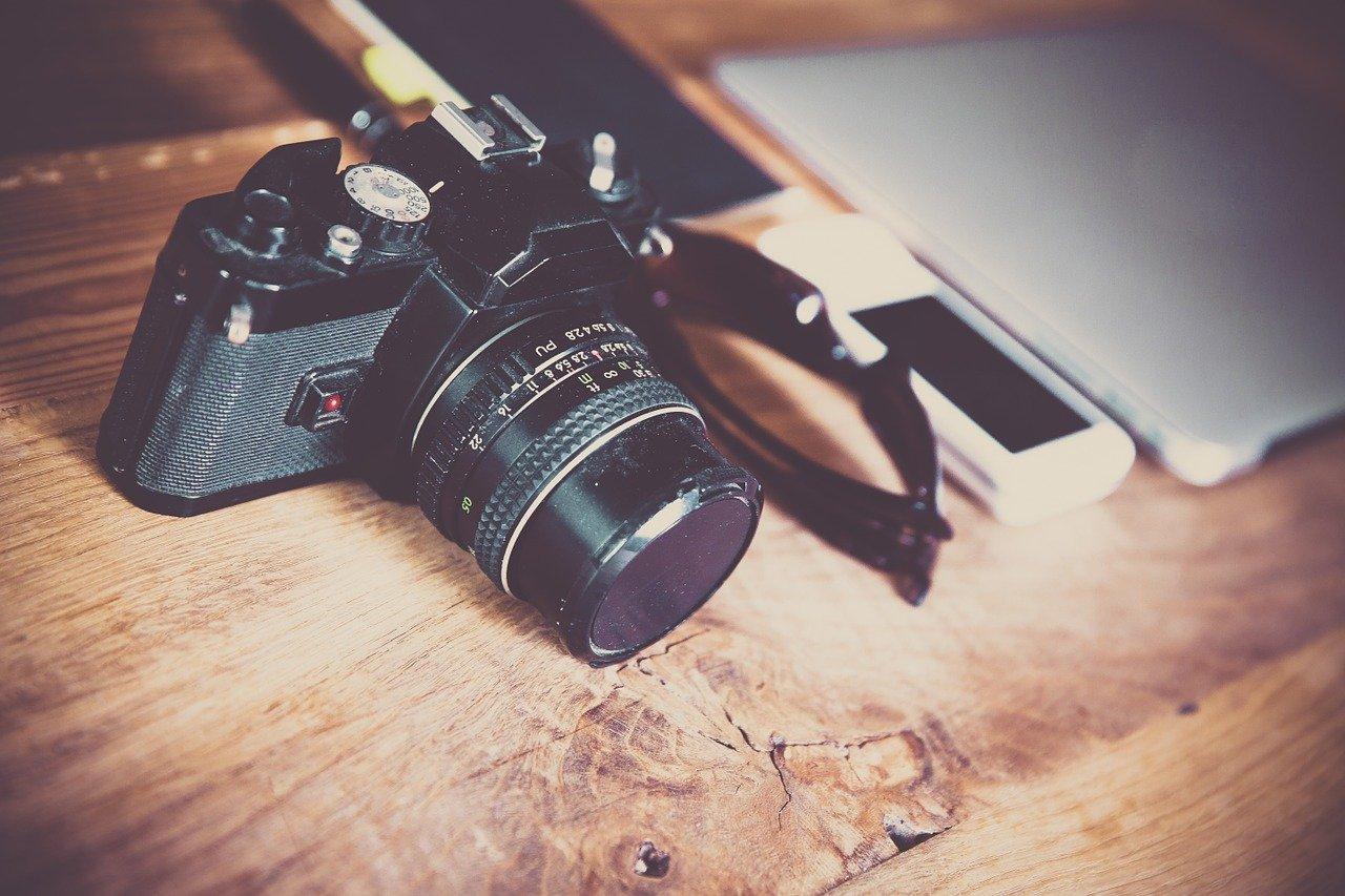 Kamera, Handy, Laptop