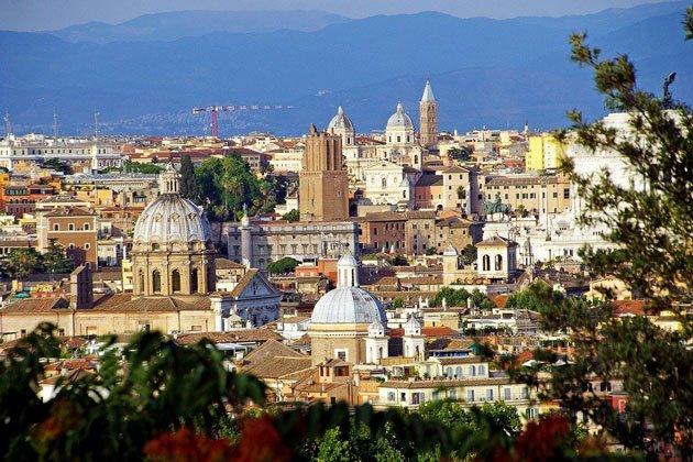 Blick-auf-die-Stadt-Rom