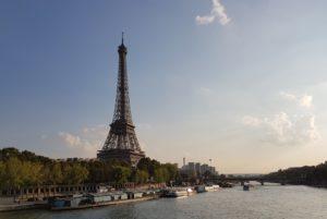 Kurzstreckenflüge nach Paris