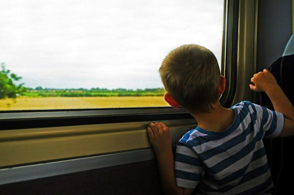 Zug, Bahn, Kind, Baby, Anreise, Urlaub