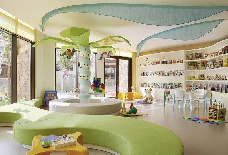 Sofitel-Dubai-The-Palm-Resort-Spa-Kinderzimmer