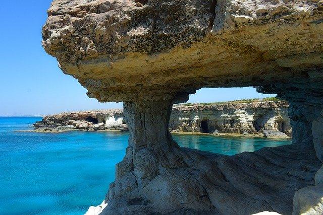 traumhafte Buchten auf Zypern