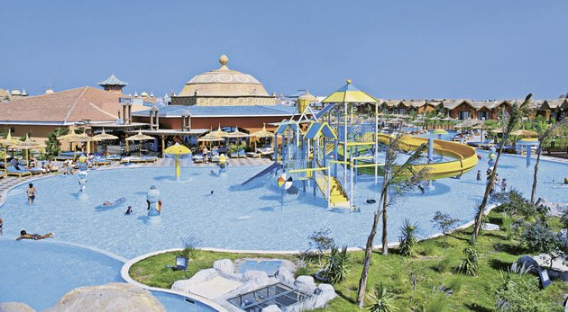 Das Jungle Aqua Park Resort Hurghada bietet über 50 Pools