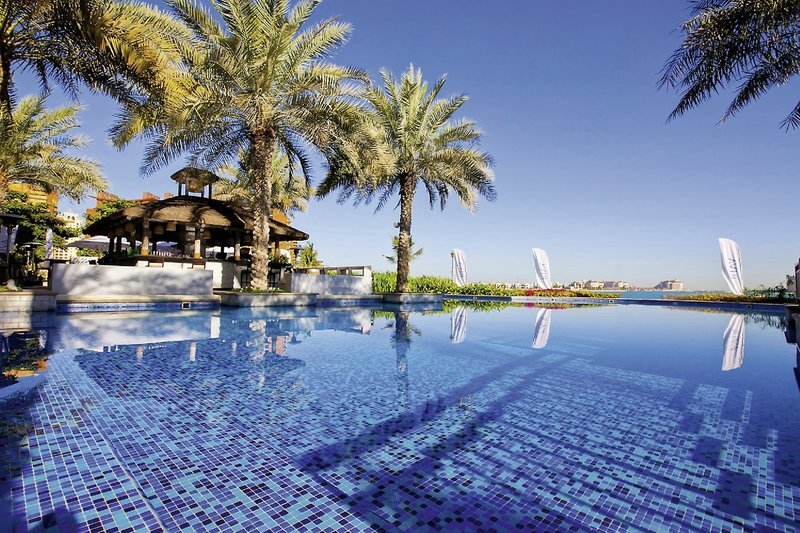 Pool-Oaks-Dubai-Ibn-Battuta-Gate-Hotel