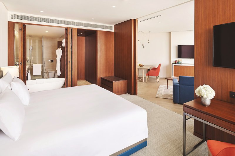 Zimmer-JA-Lake-View-Hotel