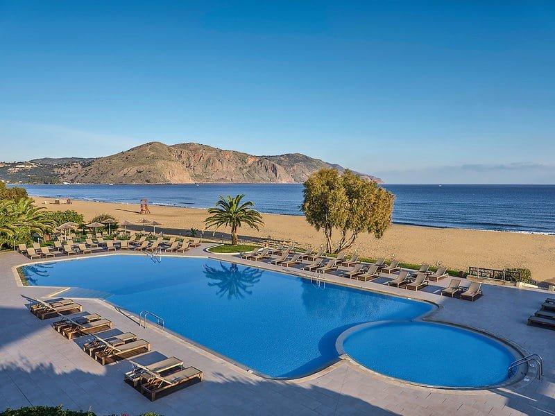 Hoteltipps Kreta Familienhotel Pilot Beach Resort Pool und Strandblick